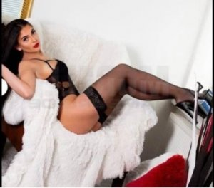 Azelia outcall escort Lincoln, ON