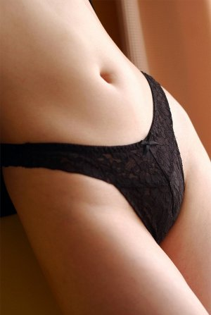 Ayah escorts in White Rock, BC